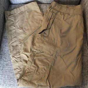 🏵 North Face Men's Khaki cargo pants L 100% nylon